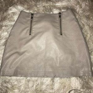 Leather mini skirt💞